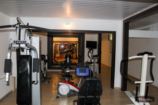 Sala de Fitness in hotel Phoenicia