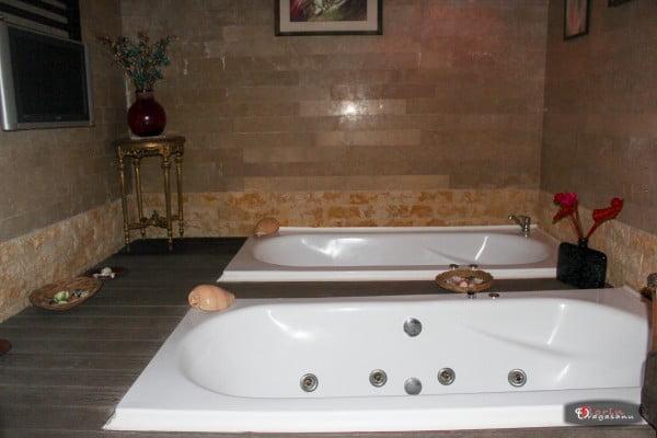 Sauna si Jacuzzi in Baneasa - Hotel Phoenicia