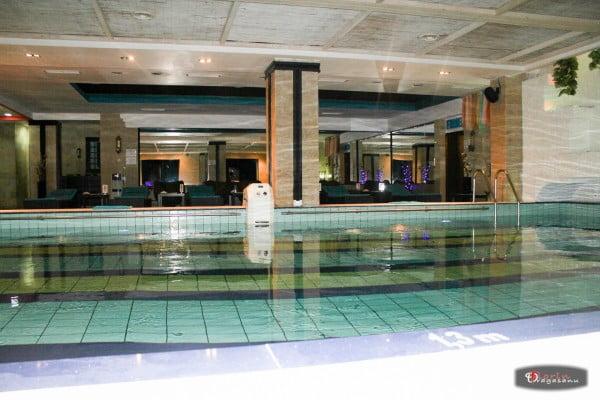 Bazinul de inot din Baneasa - Hotel Phoenicia